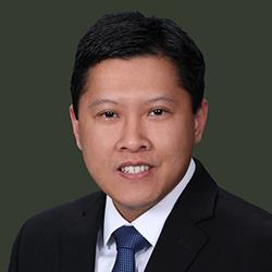 Andrew Lam Headshot